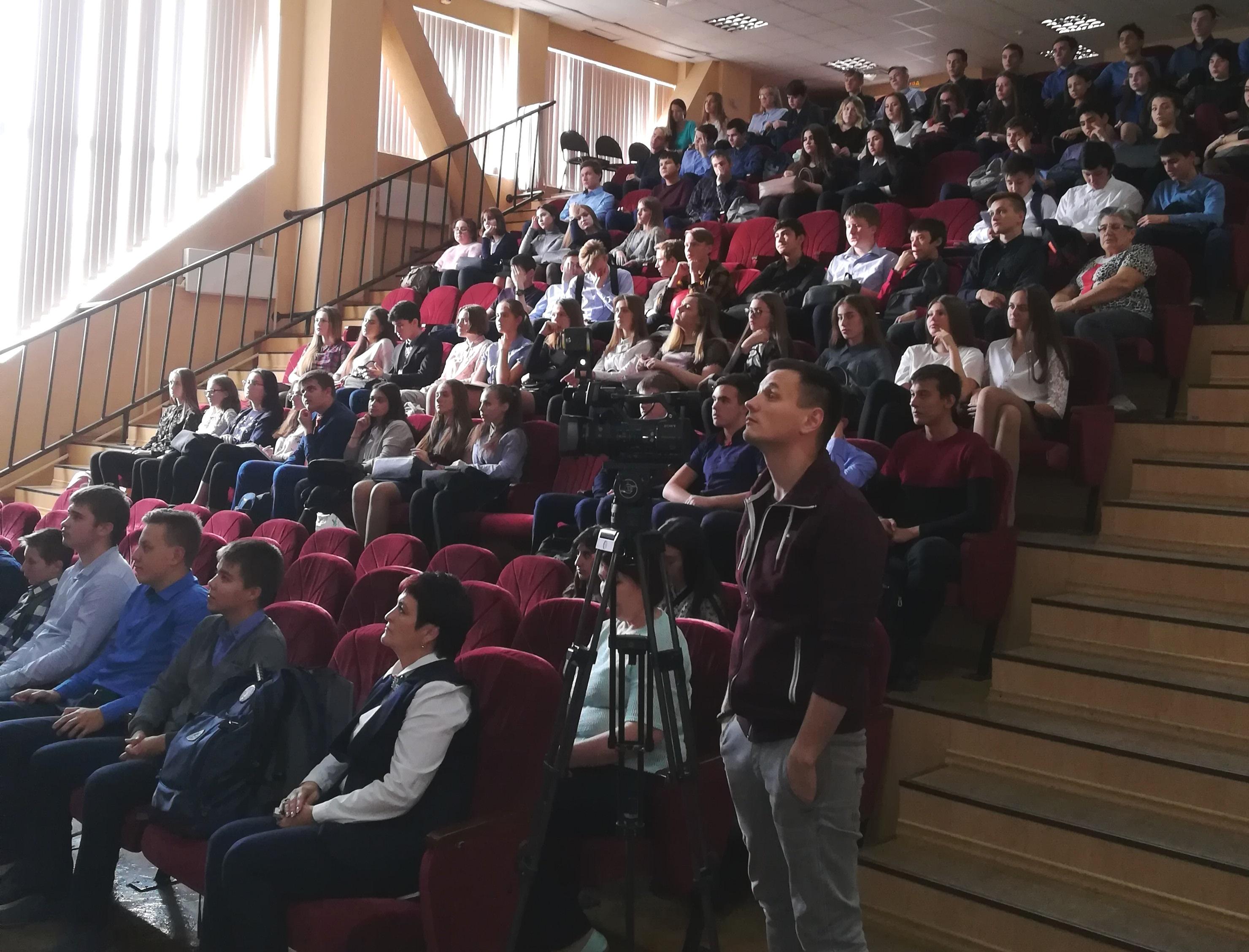 В Ноябрьске стартовала «Лаборатория профессиональных проб»